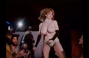 Casandra در جوراب ساق بلند سیاه و سفید می دیدن فیلم سکسی رایگان خواهد شما