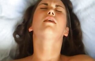 او چنین جوانان حساس و چنین لب های مناقصه ای دارد که هر دیدن فیلم سکسی کم حجم لمس آنها باعث لرزش دختر می شود