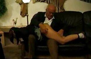شخص در زمان خاموش خود را در دیدن فیلم سکسی انلاین یک اتاق هتل