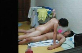 شلخته نوجوان Nastya دیدن فیلم رایگان سکسی نشان می دهد بدن او