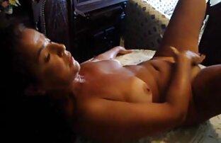 ریخته گری یک دختر برای ضبط دیدن انلاین فیلم سکسی در یک فیلم